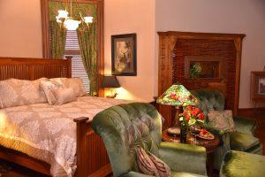 Frank Buhls Room (3)