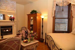 Julia Buhls Room (4)